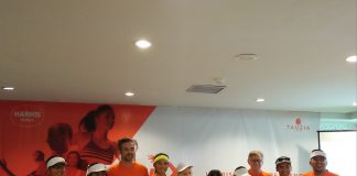 Team Harris Running saat sesi temu media di Harris Hotel Kuta. Image by Pranata