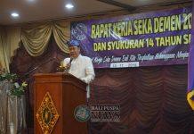 Keterangan foto: Sekda Kota Denpasar AAN Rai Iswara saat menghadiri sekaligus memberikan motivasi dalam acara Pembukaan Raker Sekaa Demen Bali, Minggu (18/11) di Hotel Nikki, Denpasar