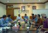 Ket foto : Kepala BPN Denpasar I Ketut Suburjo saat beraudensi dengan Walikota Denpasar IB Rai Dharmawijaya Mantra di Kantor Walikota Kamis (17/1)