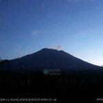 Gunung Agung pagi ini