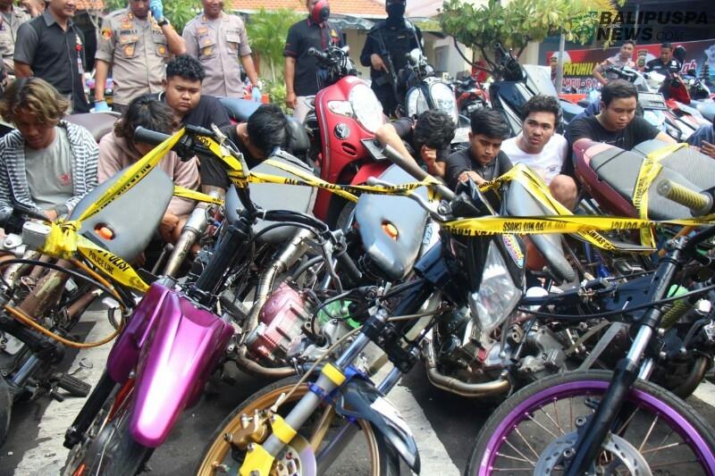 Polresta Denpasar amankan sepeda motor yang ikut ajang trek trekan
