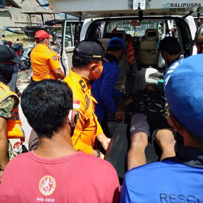 Jukung diterjang ombak ganas, seorang nelayan bernama Bagas (45) ini berhasil diselamatkan Tim SAR, pada Sabtu (1/8/2020) sore.