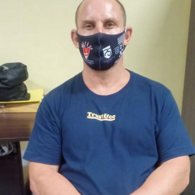 Bule asal Australia, berinisial DSC (46) yang diringkus oleh jajaran Direktorat Resnarkoba Polda Bali