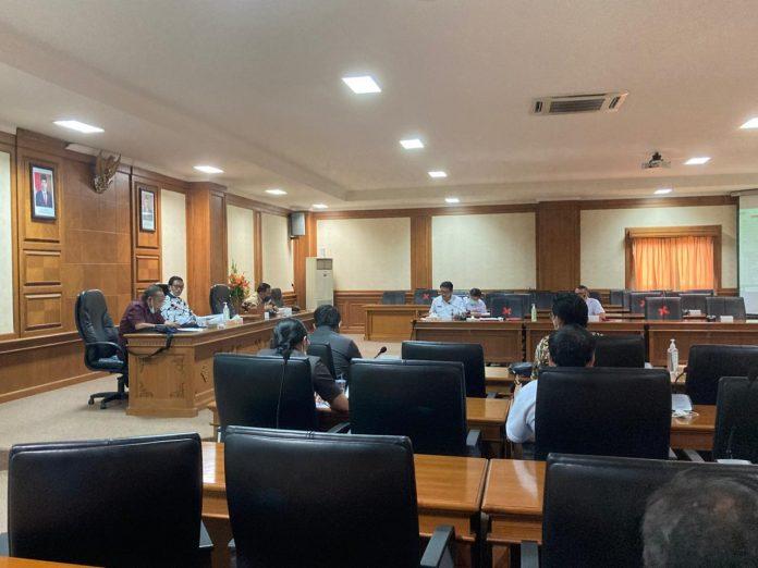 Rapat Dengar Pendapat Komisi III DPRD dengan BAPPENDA Badung